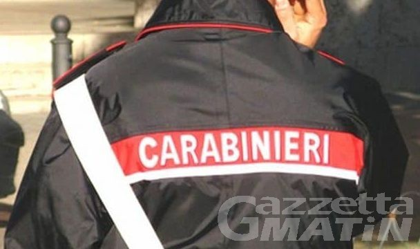 Tragedia ad Aosta, carabiniere si toglie la vita con l'arma di ordinanza