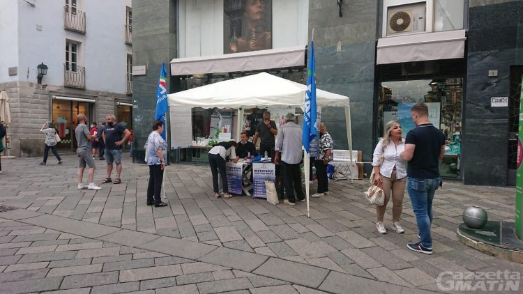 Referendum per la riforma della giustizia: il camper della Lega Giovani arriva ad Aosta