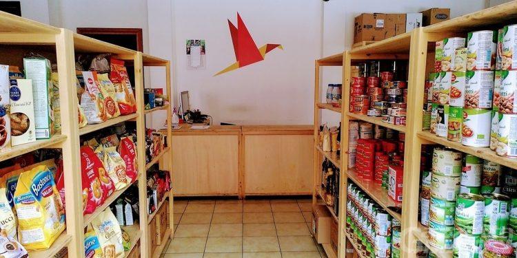 Solidarietà: l'emporio Quotidiano ha raccolto 10 tonnellate di cibo in 6 mesi