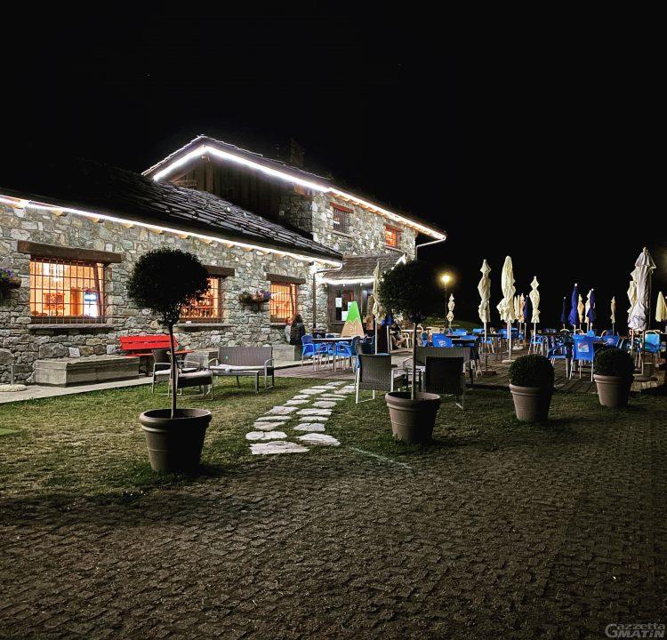 Bar Ristorante Des Troncs: sole, buona cucina e una novità per le due ruote