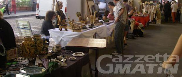 """Torna per la patronale di San Grato ad Aosta la mostra-mercato """"Le Grenier en Place"""""""