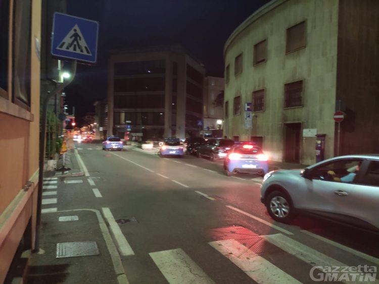 Aosta: arrestato un 36enne per lesioni personali, violenza e minaccia a pubblico ufficiale