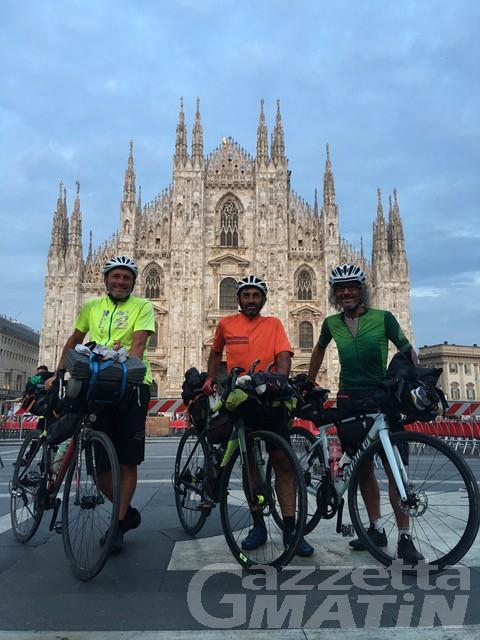 Giro d'Italia in bicicletta: 4 mila km in 3 settimane per 3 amici