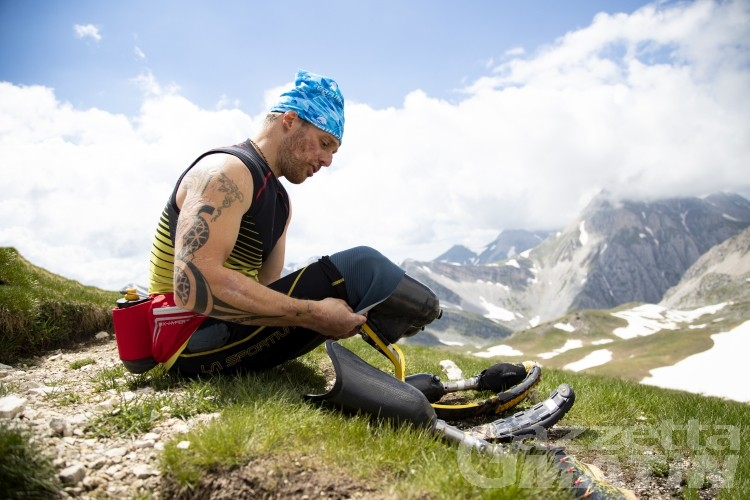 Impresa: l'atleta paralimpico sul Monte Rosa, il sogno è l'Everest