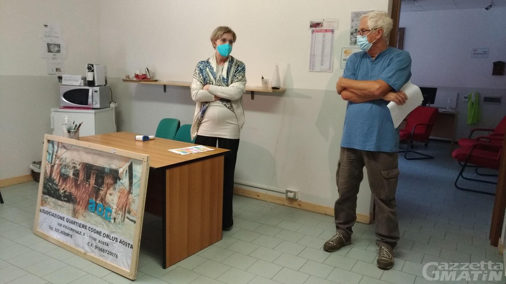 Aosta: un corso al quartiere Cogne per l'utilizzo di computer, tablet  e smartphone