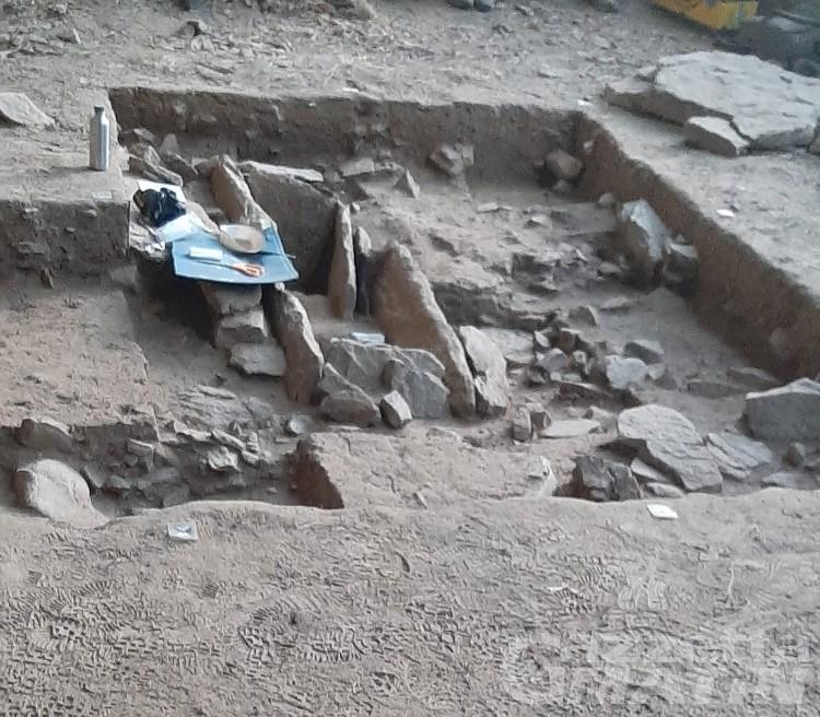 Donnas: tomba del Neolitico rinvenuta a Barma Cotze, è vuota