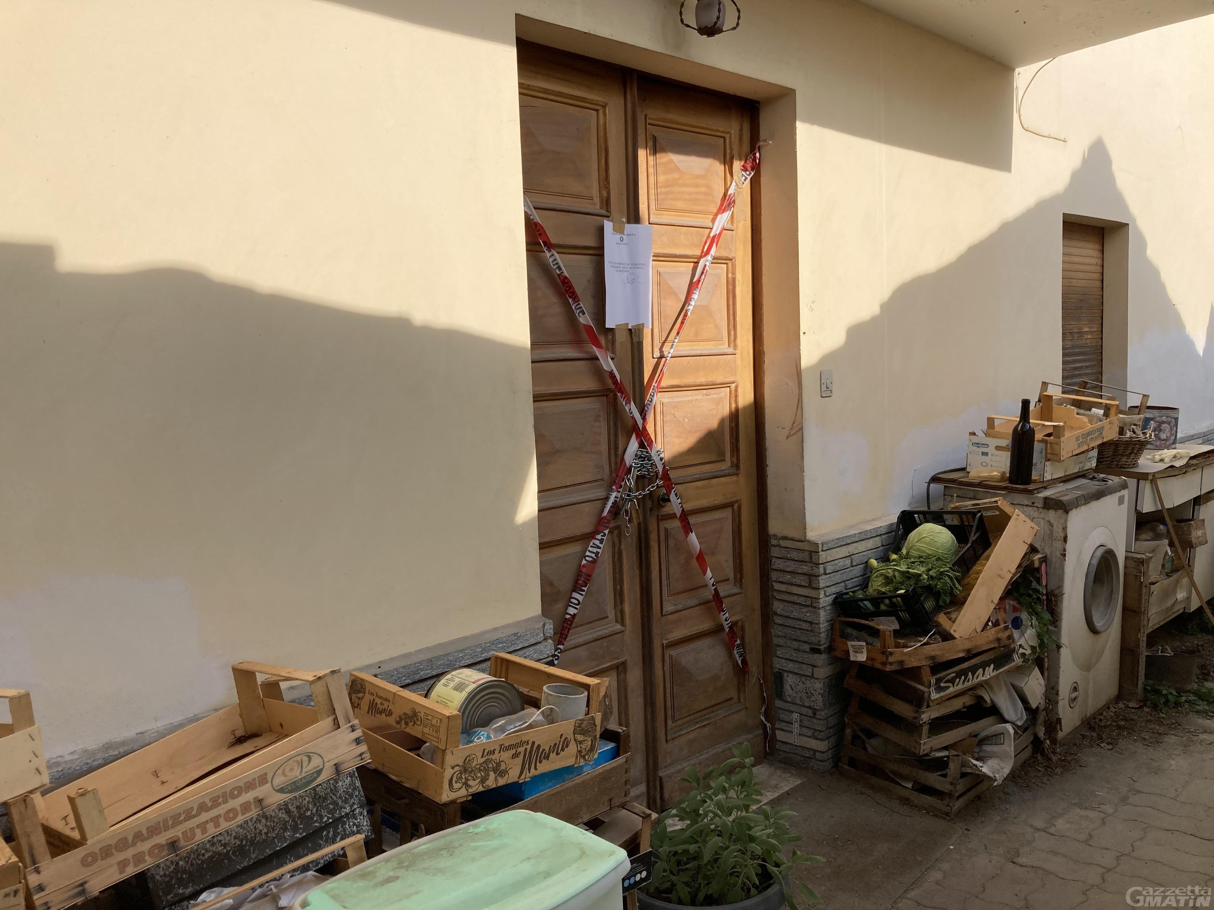 Saint-Christophe: trovato un cadavere in cantina, indaga la Polizia