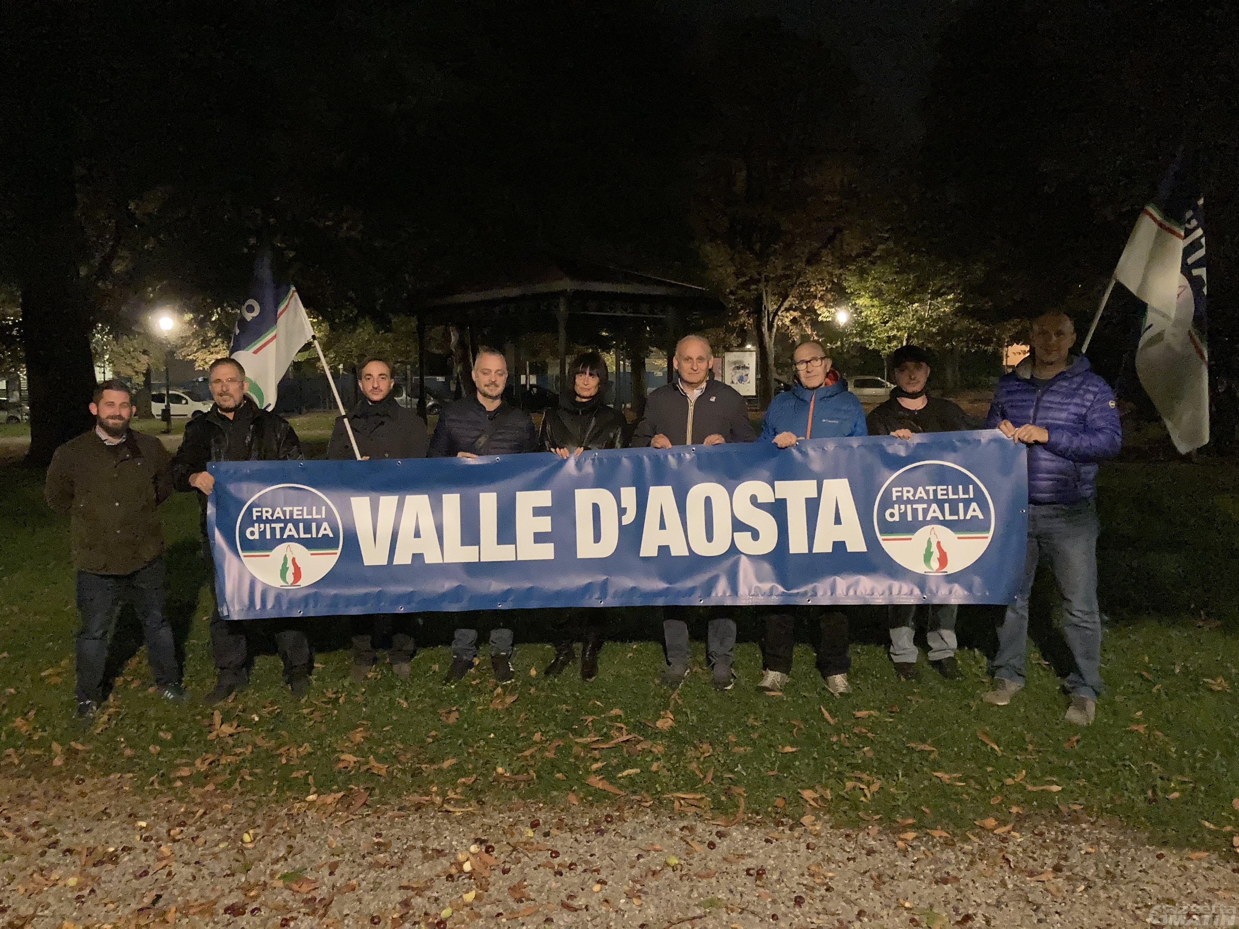 Aosta, presidio di Fratelli d'Italia ai giardini Lussu: «Tema della sicurezza è importante»