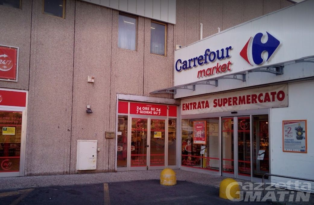 Il Carrefour Market di Saint-Christophe ceduto alla Phoenix srl