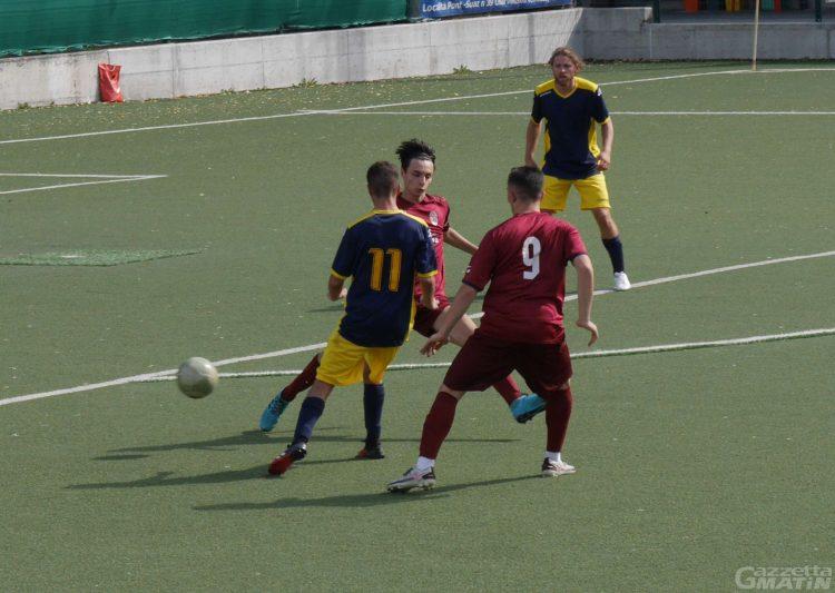 Calcio: l'Ivrea batte 3-1 lo Charva nell'andata del secondo turno di Coppa Italia