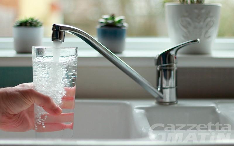 Unité Grand Combin, l'acqua del rubinetto odora di gasolio: in corso le verifiche per escludere uno sversamento