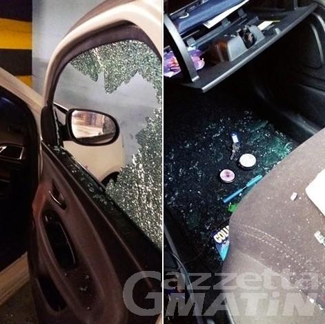 Furti su autovetture, due giovani denunciati a St-Vincent