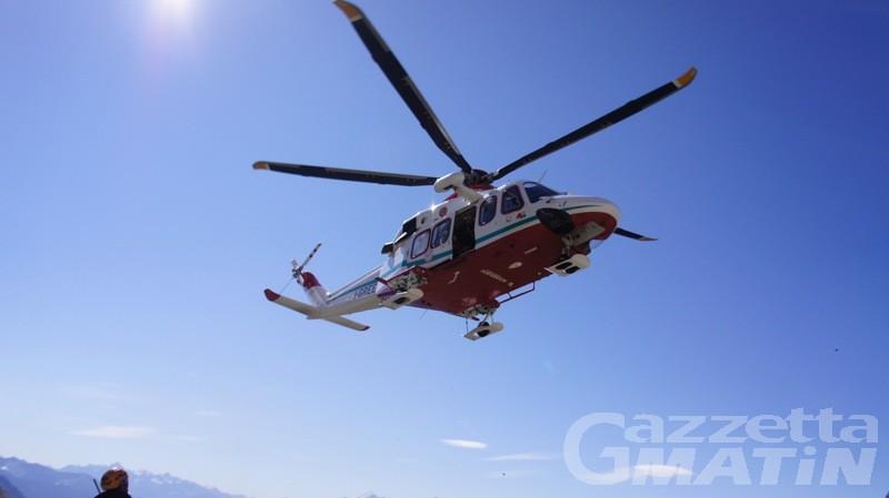 Montagna: tratti in salvo gli alpinisti bloccati sul colle del Breithorn
