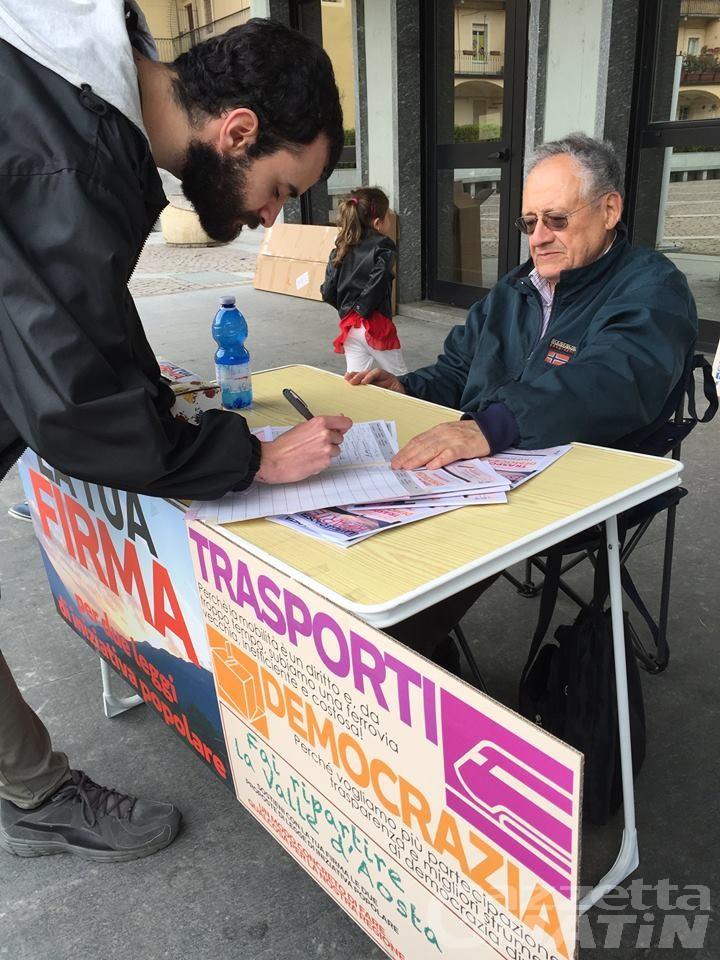 Trasporti: prosegue raccolta firme per ferrovia VDA Riparte