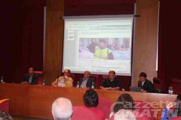Pd, disoccupazione giovanile e lavoro al centro del dibattito
