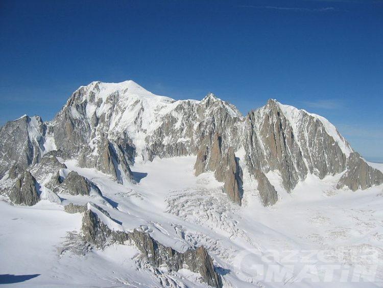 Montagna: rimisurato il Monte Bianco, la vetta è a 4.810,06 metri