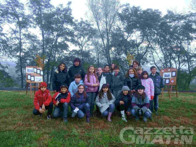 Charvensod, allievi delle elementari a lezioni di natura sulle sponde della Dora Baltea