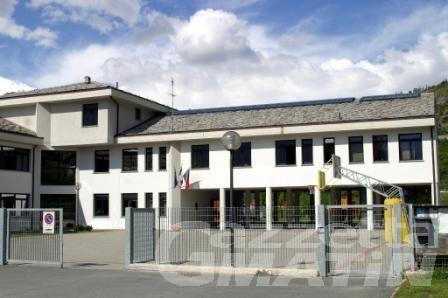 Saint-Pierre, da oggi il trasloco delle nove classi