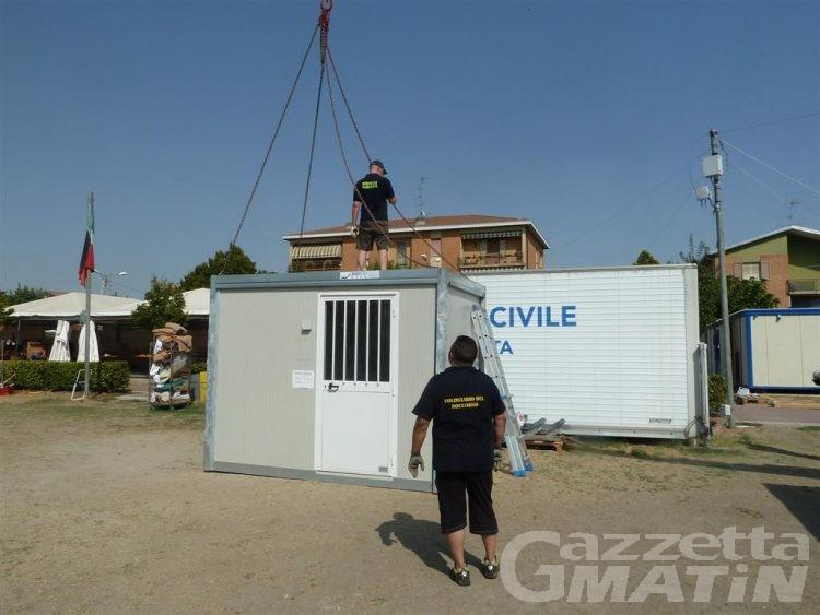 La protezione civile smantella il campo di Mirandola