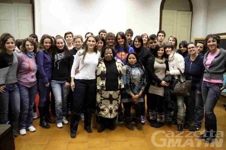 Lezioni di vita di grandi donne per gli studenti aostani