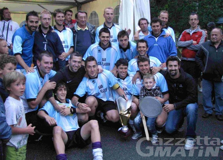 Calcio: Lugon regala la doppietta al St-Oyen