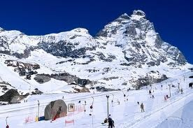 Sci: a Cervinia si scia tutto maggio nei weekend