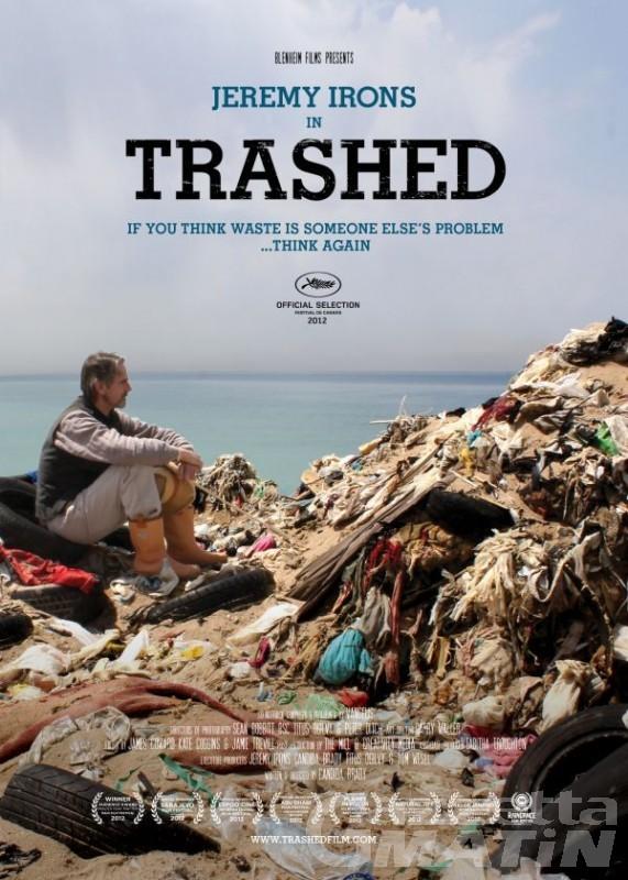 Trashed: un viaggio tra i rifiuti con Jeremy Irons