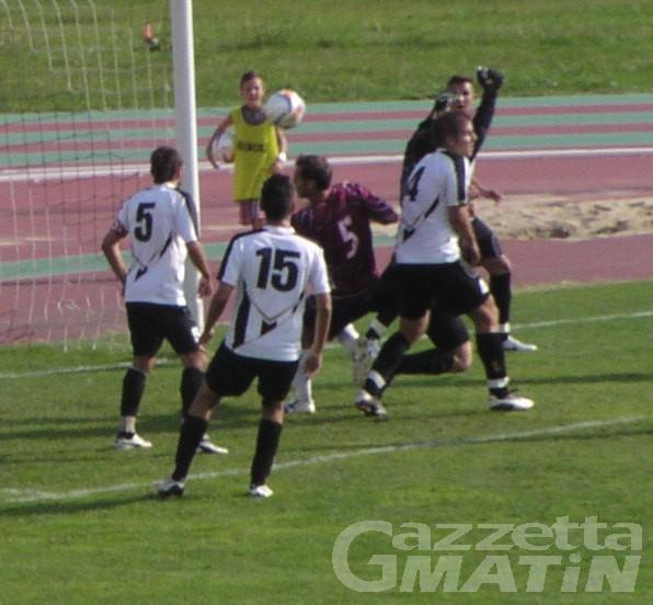 Calcio: dilagano St-Chri e Hône Arnad, colpo dello Charva