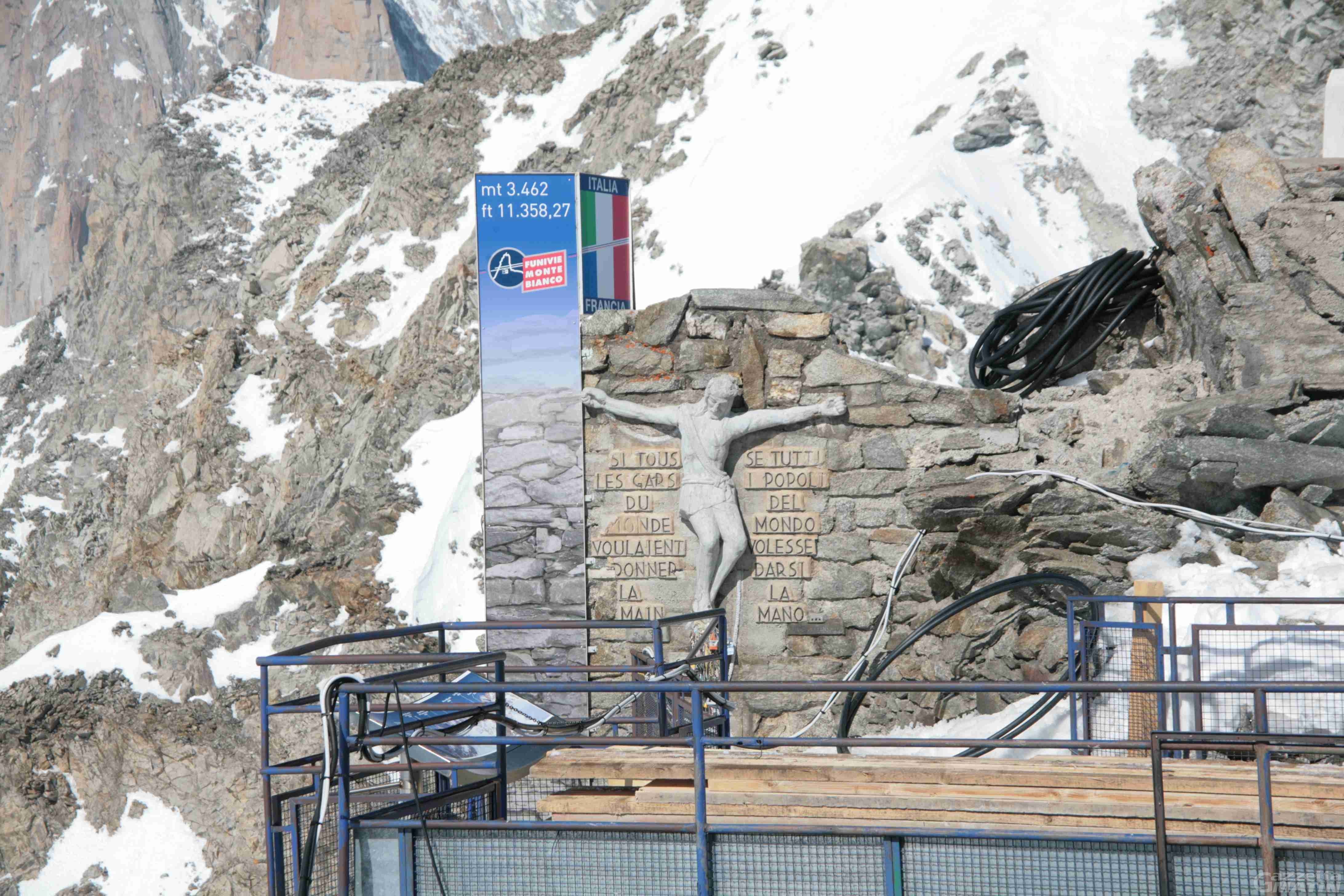 Courmayeur, lunedì l'addio alla stazione di P.ta Helbronner