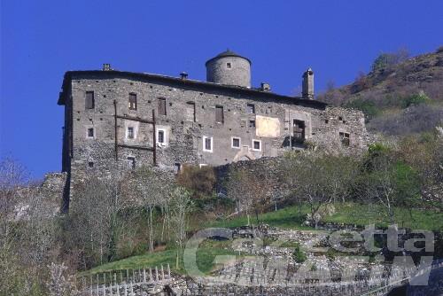 Arnad: Château Vallaise testimonial di Nastro Rosa 2011