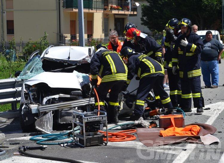 Fuoristrada contro auto a Villefranche: in due all'ospedale