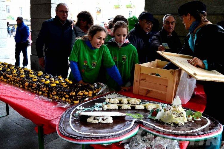 Amatrice: 20 mila bigné fruttano oltre 7500 euro