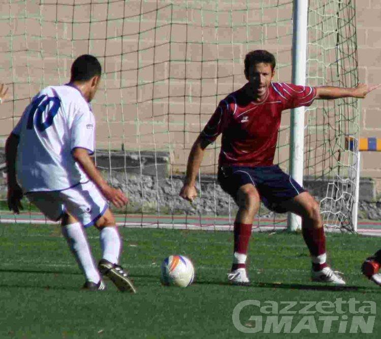 Calcio: 600 euro di multa al St-Chri VdA