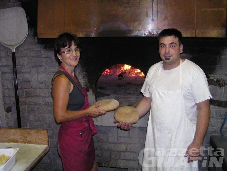 Perloz: la grigliatissima dà il via alla Fehta Dou Pan Ner