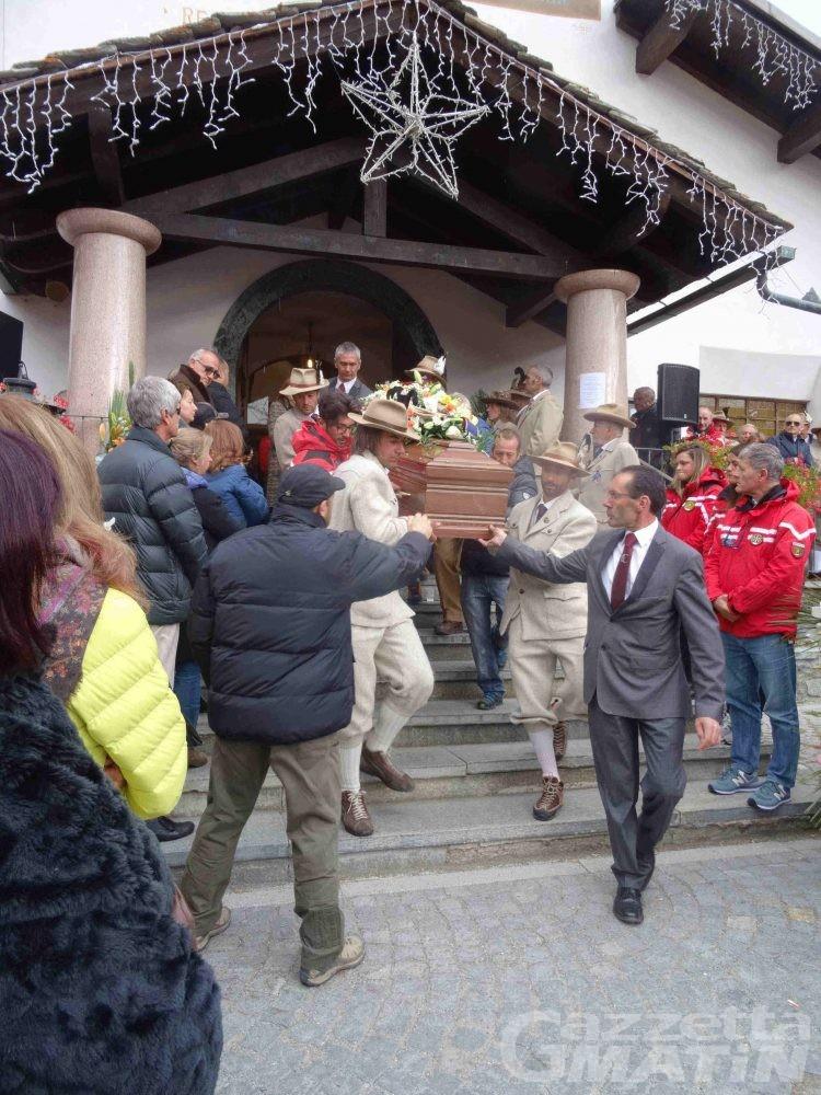 Lutto: l'addio a Gérard Ottavio e Joël Déanoz caduti sul Cervino