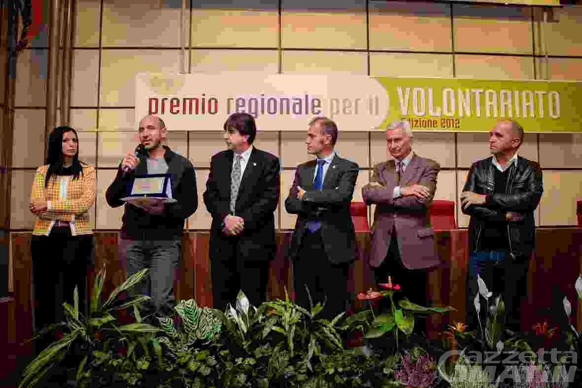 Il Premio per il Volontariato all'associazione Diapsi