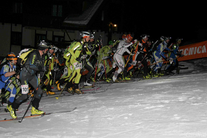 Scialpinismo: attesa a Chamois per la gara notturna