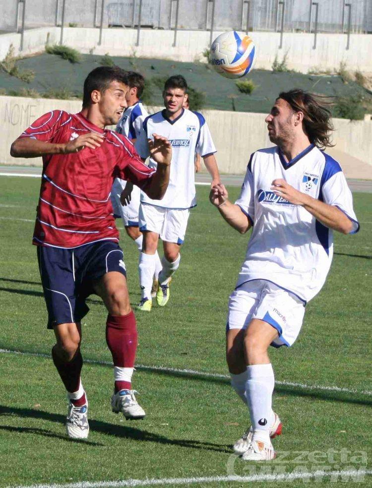 Calcio: il St-Chri VdA batte anche la Lavagnese
