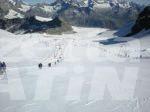 Sci estivo: dopo il boom di sabato, oggi a Cervinia  piste chiude a causa del forte vento