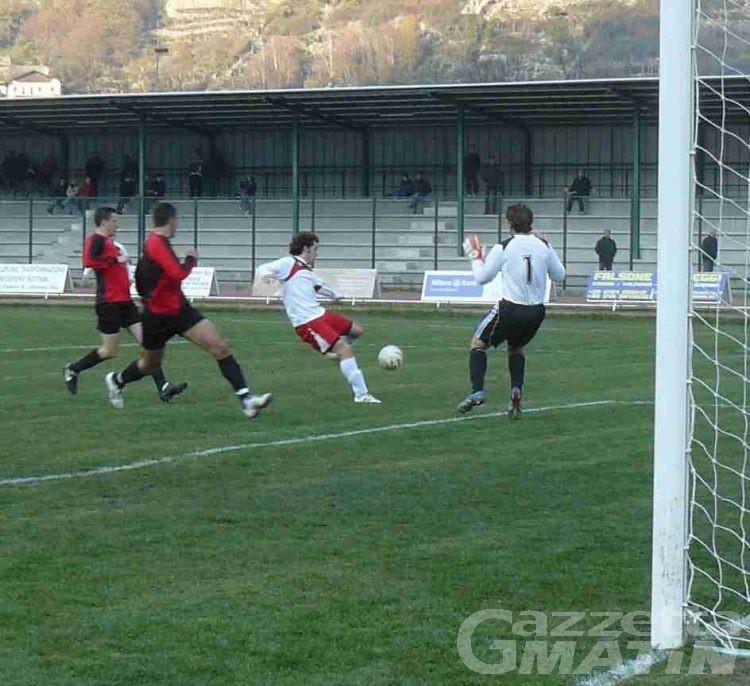 Calcio: domenica d'oro per St-Chri e Aygreville