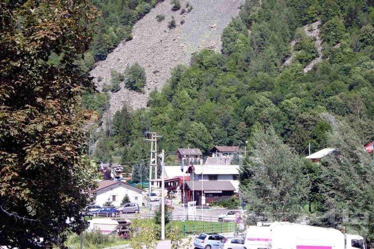 Antey-St-André, il Comitato Sì Camping minaccia di chiamare il Gabibbo
