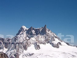 Ore di angoscia per gli alpinisti bloccati sul Bianco da mercoledì