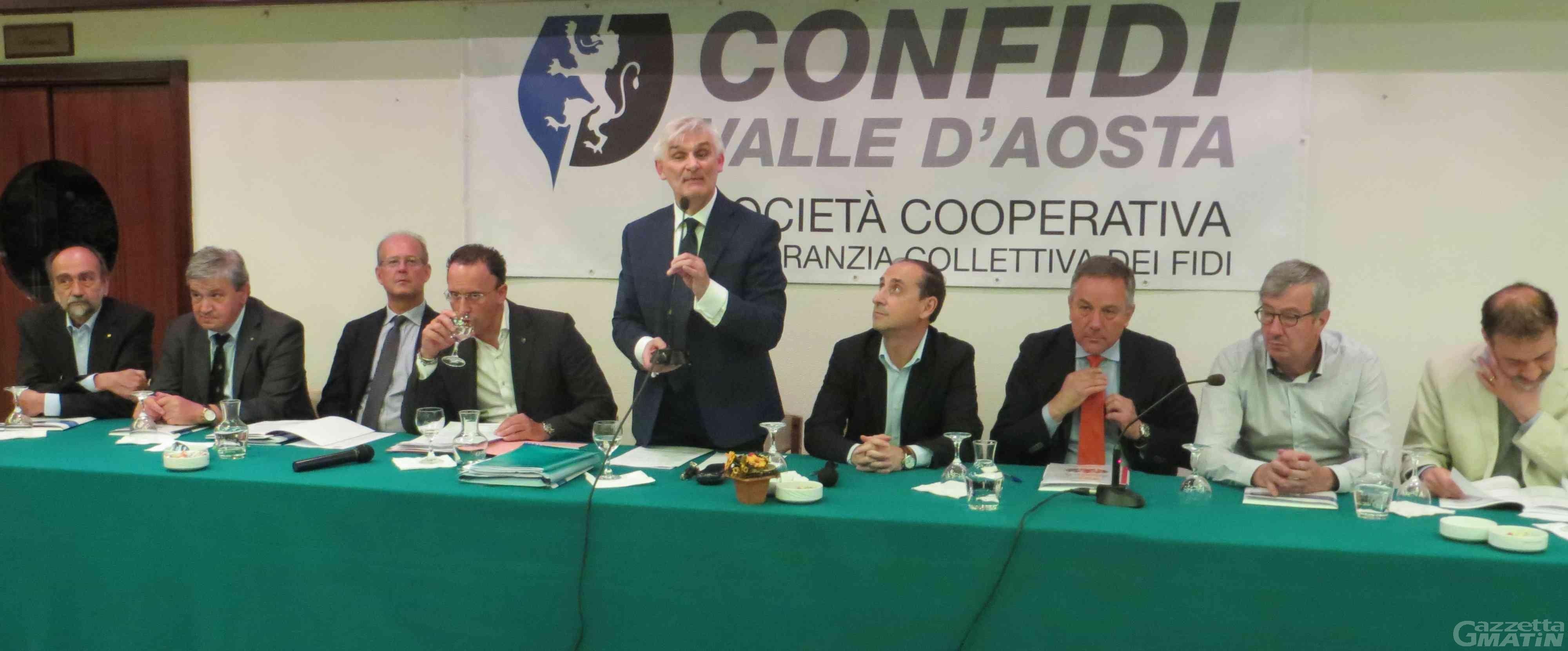 Assemblea Confidi Valle d'Aosta: 41 mila euro di utile, ma «basta tagli dalla Regione»