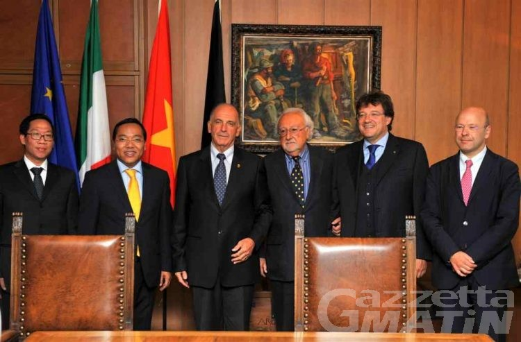 Regione: ambasciatore del Vietnam in visita ad Aosta