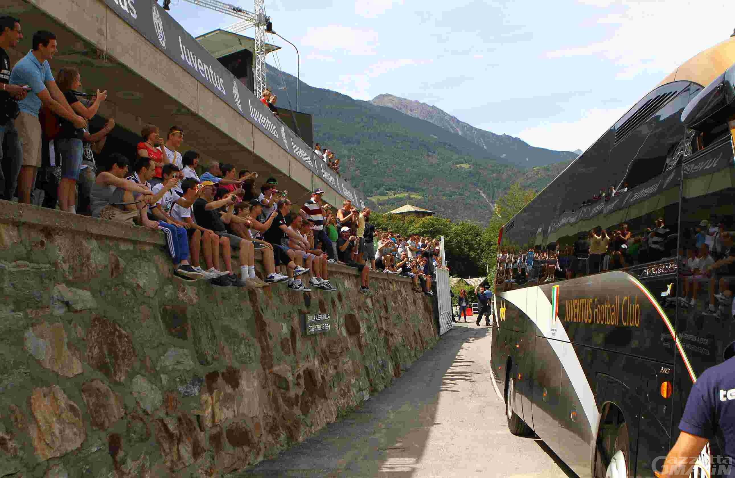 Calcio: la Juve è arrivata a Châtillon