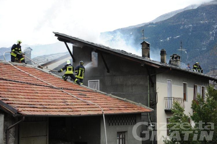 Incendio distrugge una casa di campagna a St-Vincent