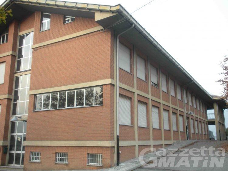 Charvensod, la minoranza chiede di mantenere la scuola nel capoluogo