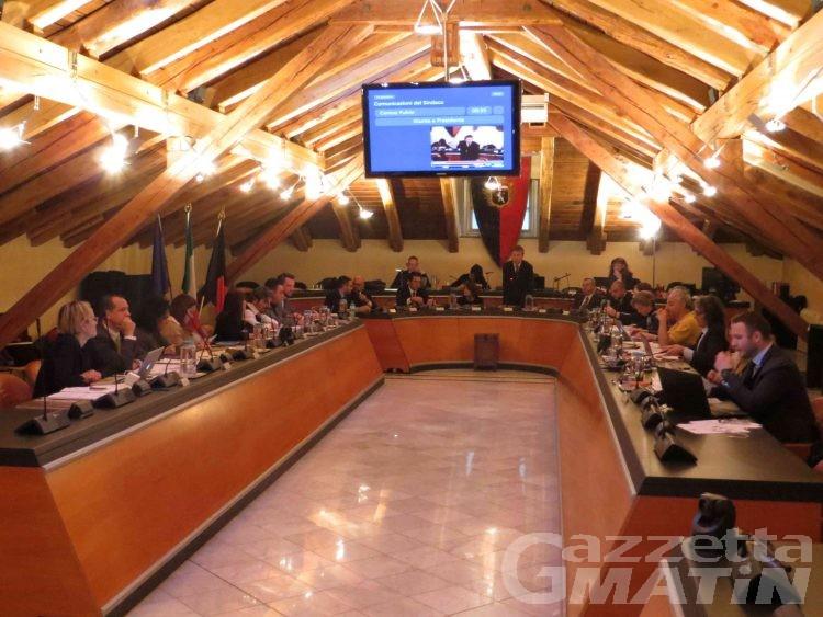Consiglio Aosta: implementazione dei vaccini, maggioranza a bagno