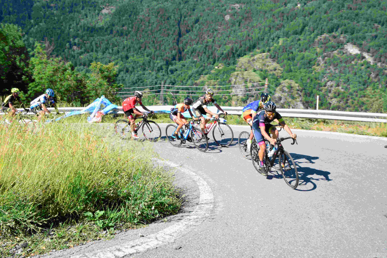 Ciclismo: Castelnovo, Ghiron e Macario vincono LaMontBlanc