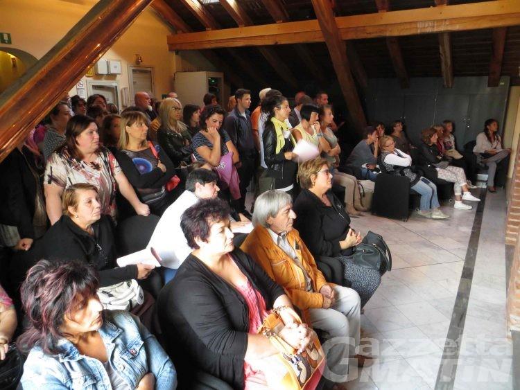 Aosta, bando anziani: sindacati minacciano lo sciopero